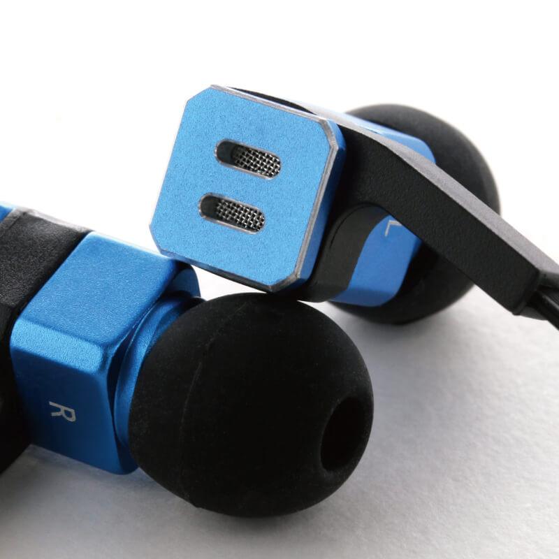 iPhone/スマートフォン イヤフォン(ボリューム/マイク付) 「極の音域 SQUARE(スクエア)」 ブルー